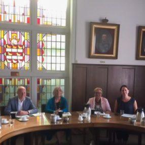Rens Raemakers in gesprek met D66-wethouders